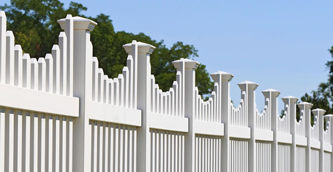 Fence Painting in Olathe Exterior Painting in Olathe